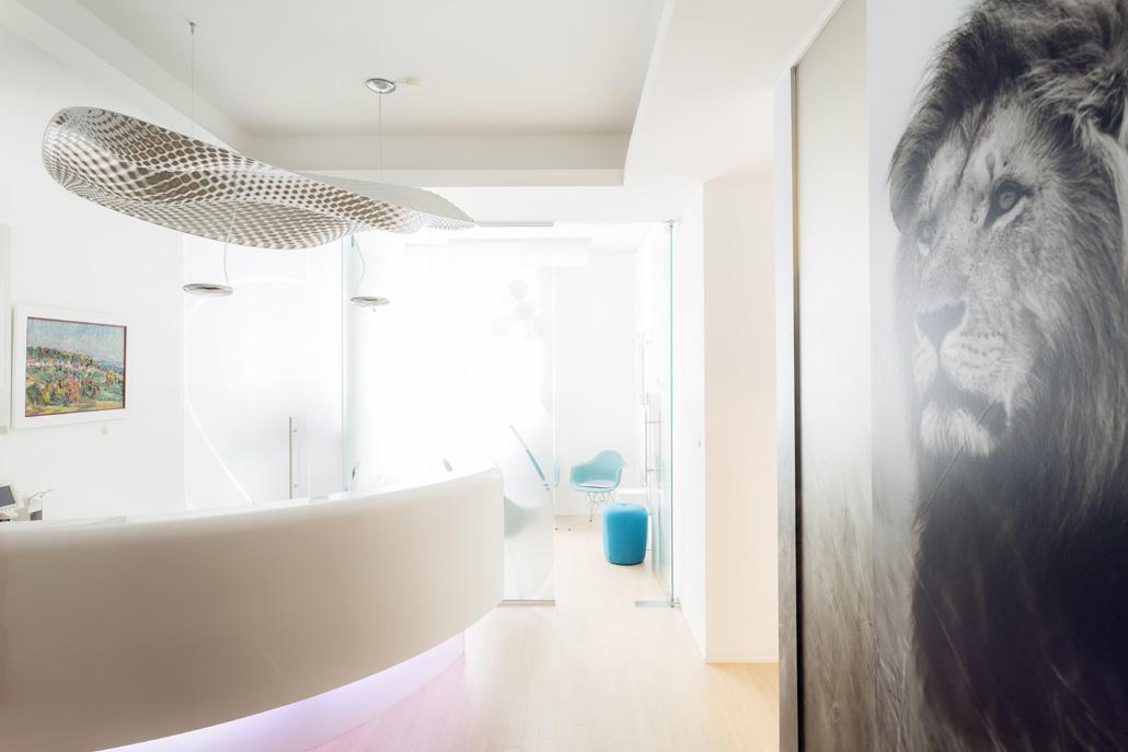 Augenarztpraxis in Baden-Baden: Unser separater Empfang im 3.OG